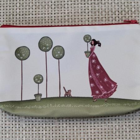 handbag - a girl and a cat