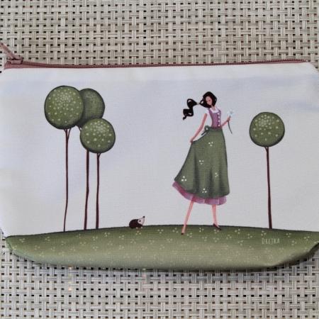 handbag - a girl and a hedgehog