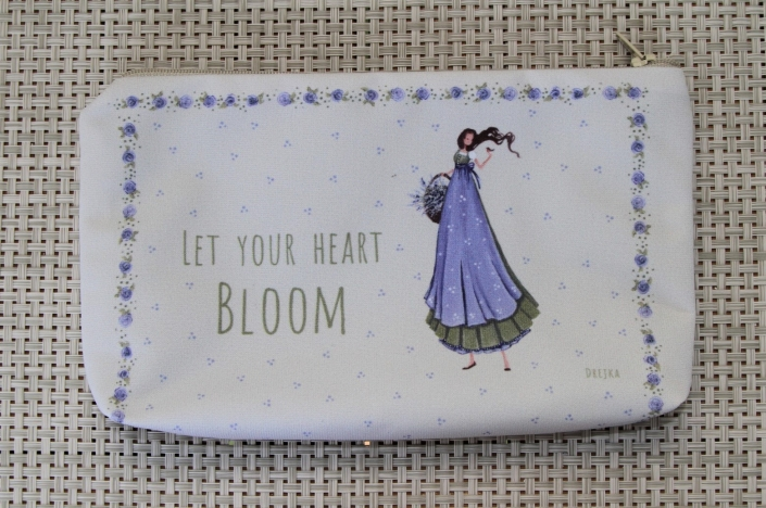 handbag - let your heart bloom